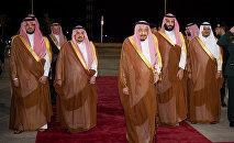 الملك سلمان مع ولي العهد الأمير محمد بن سلمان