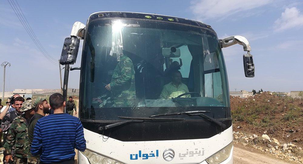 في ظل استمرار رفض الأهالي مغادرة بلدتي كفريا والفوعة.. اتفاق مخيم اليرموك يدخل حيز التنفيذ في ريف حلب الجنوبي