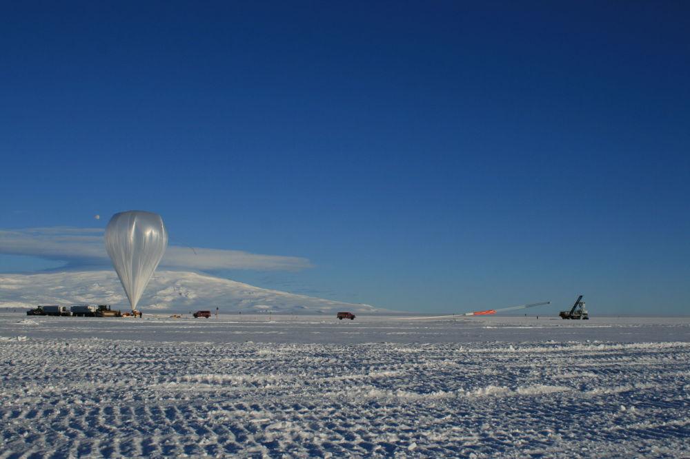 في الصورة: إطلاق هوائي أنيتا بواسطة البالون