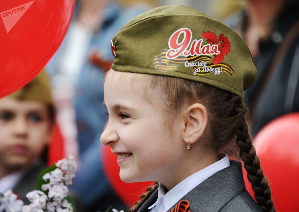 احتفالات بمناسبة الذكرى الـ 73 لعيد النصر على قوات ألمانيا النازية  في الحرب الوطنية العظمى (1941 - 1945) في روستوف - نا - دونو، 9 مايو/ أيار 2018