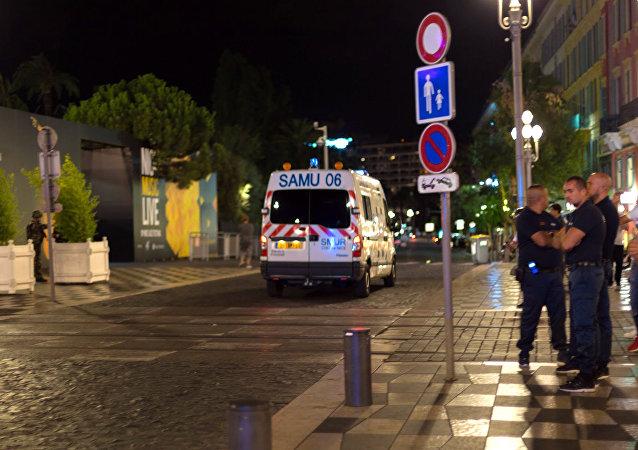 سيارة إسعاف في فرنسا