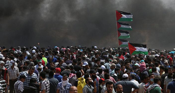احتجاجات تعم البلاد ضد نقل السفارة الأمريكية إلى القدس عشية الذكرى الـ 70 لـ النكبة ، شرق غزة، قطاع غزة، فلسطين 14 مايو/ أيار 2018