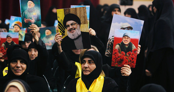 حسن نصر الله.. لبنانيون يرفعون صور أمين عام حزب الله اللبناني