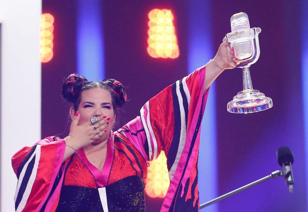 المغنية الإسرائيلية نيتا بارزيلاي تفوز في مسابقة يوروفيجن 2018 للغناء، لشبونة، البرتغال 12 مايو/ أيار 2018