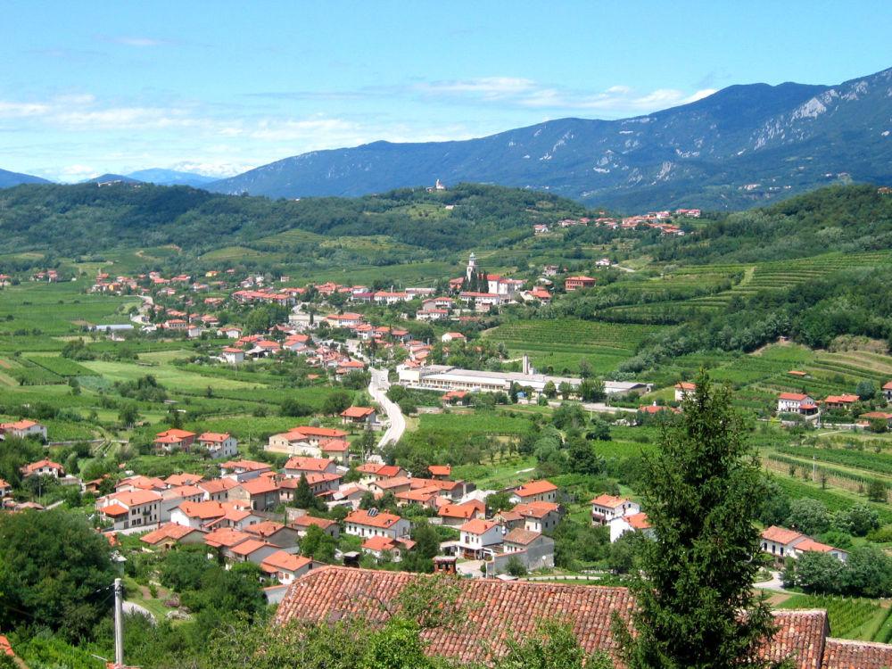 بلدة برانيكا في وادي فيباسكي، سلوفينيا