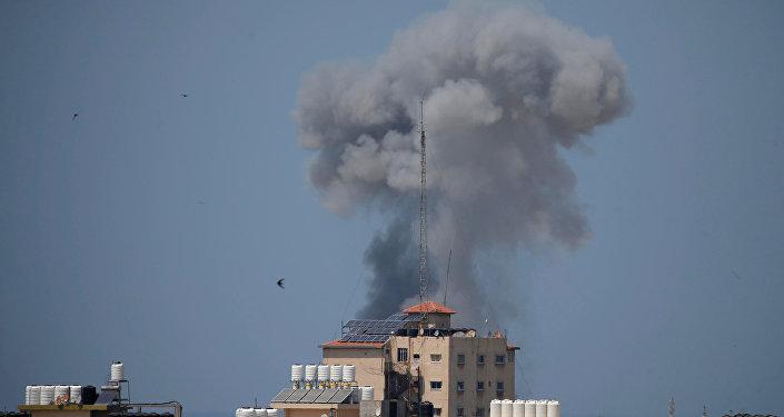 قصف جوي إسرائيلي على عدة مواقع في قطاع غزة، 29 مايو/ أيار 2018