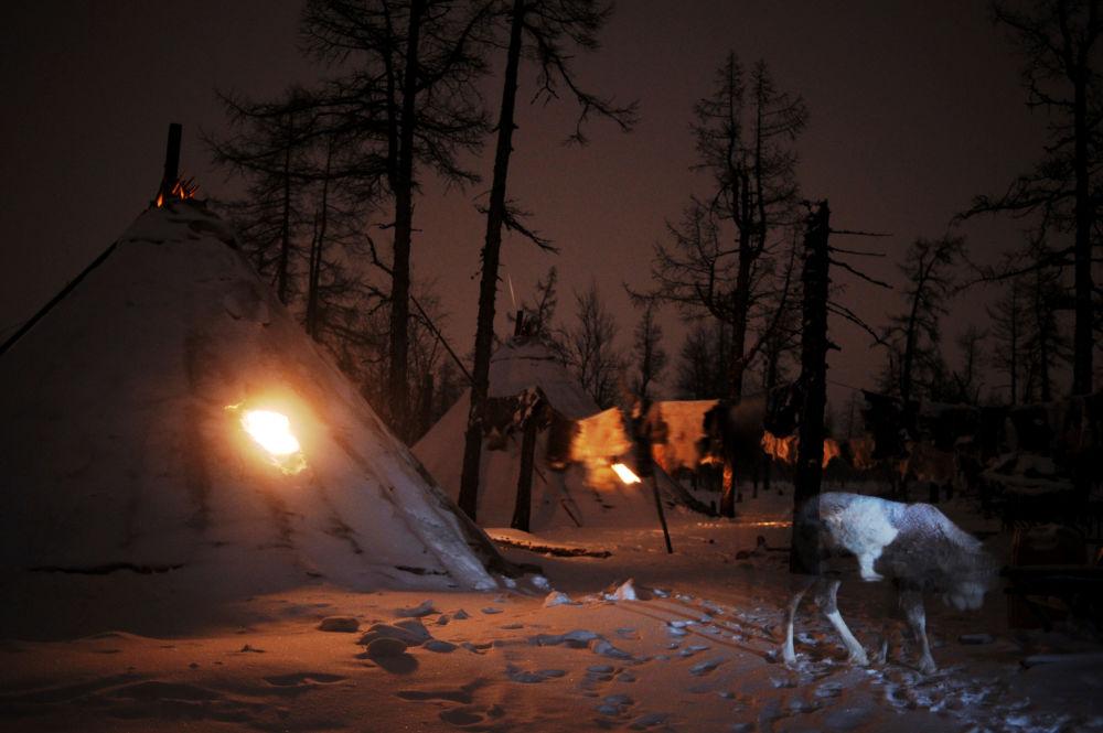 المساء في منطقة يامال-نينيتس الروسية