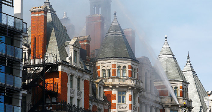 نشوب حريق في فندق مندرين اورينتال وسط لندن