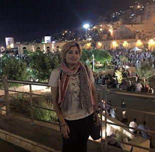 الشاعرة الكويتية هدى أشكناني