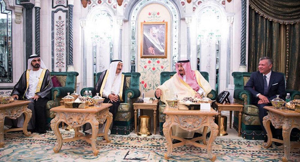 القمة الرباعية في مكة في المملكة العربية السعودية لدعم الأردن اقتصاديا، الاثنين 11 يونيو/حزيران 2018