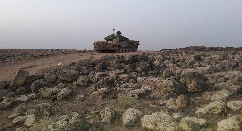 """نائب سوري يكشف مهاجمة """"داعش"""" والتحالف للجيش من الاتجاه ذاته"""