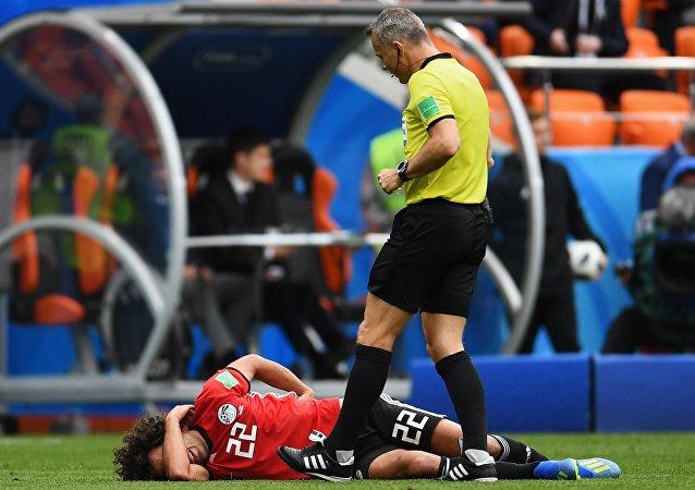 إصابة اللاعب المصري عمرو وردة، مباراة مصر و أوروغواي، كأس العالم 2018، ملعب يكاترينبورغ، روسيا