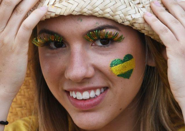 مشجعة برازيلية