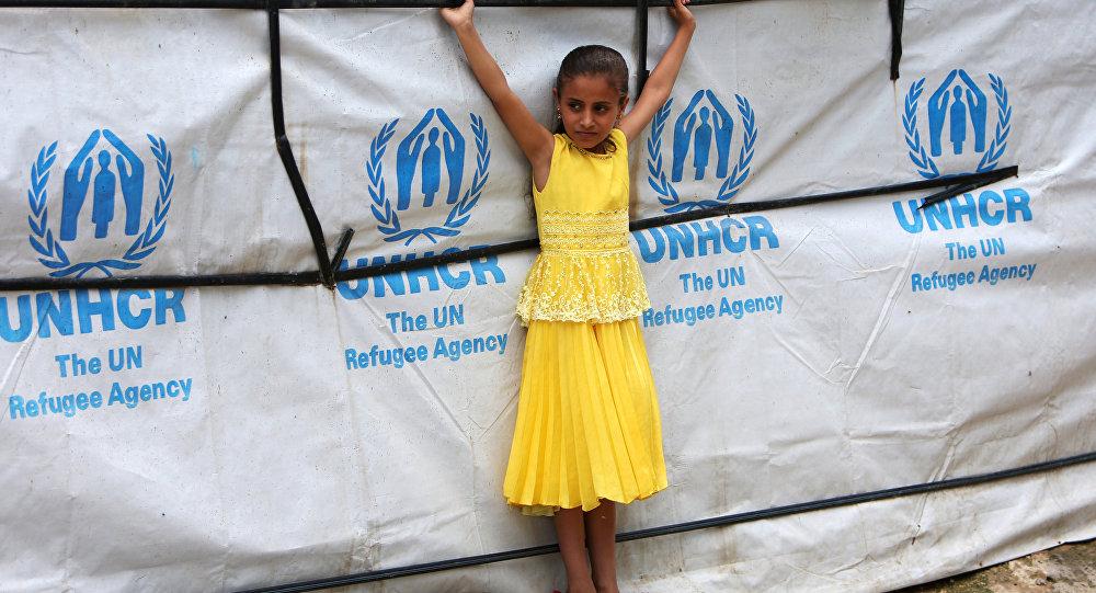 طفلة سورية لاجئة في إحدى مخيمات لبنان