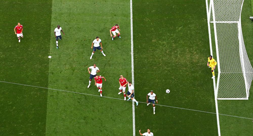 مباراة فرنسا والدنمارك في كأس العالم 2018