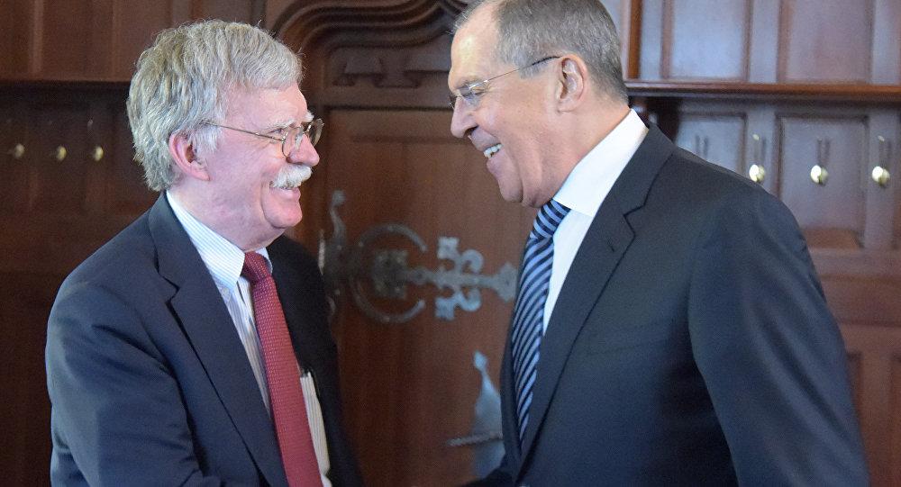 لقاء وزير الخارجية الروسي سيرغي لافروف وجون بولتون