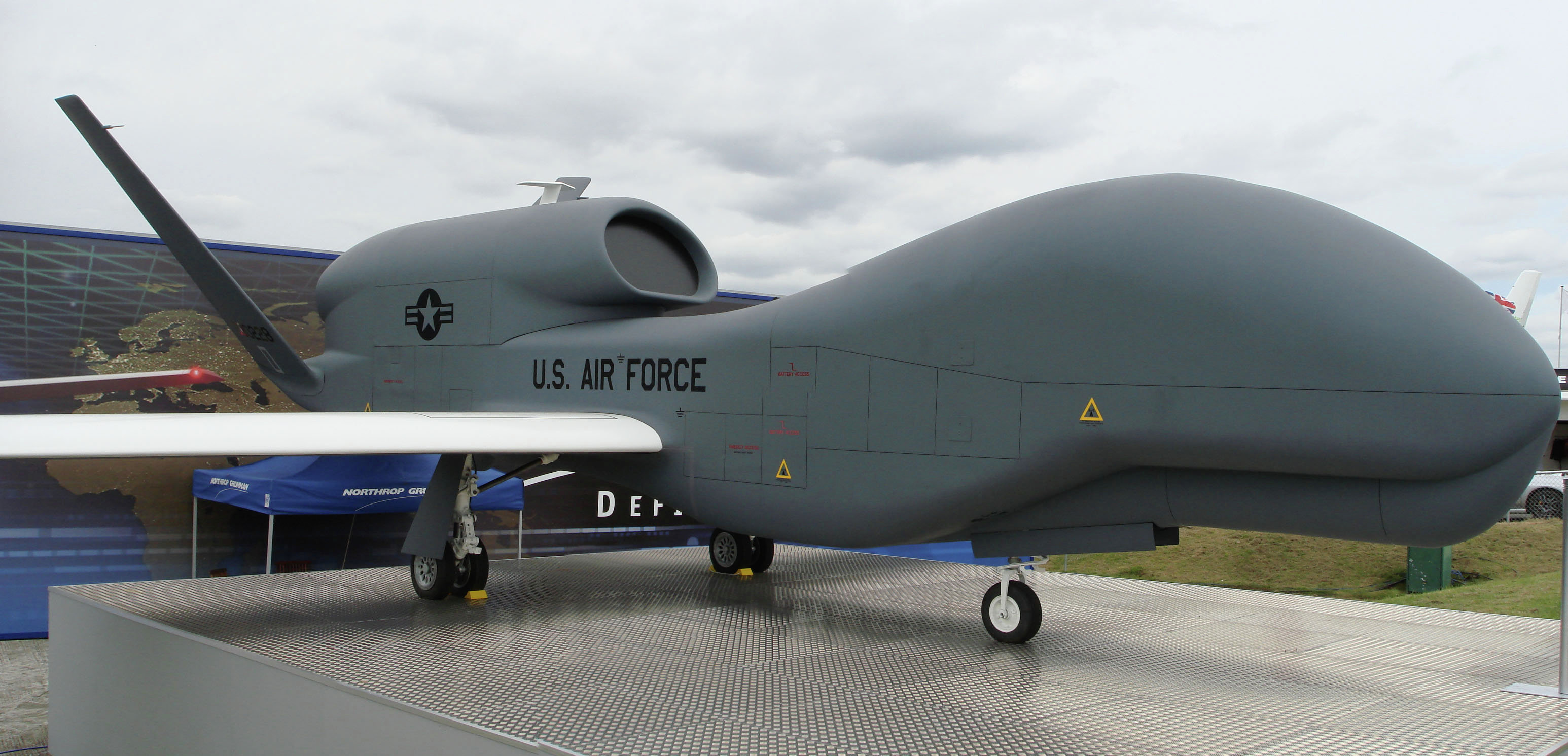 T RQ-4 Global Hawk