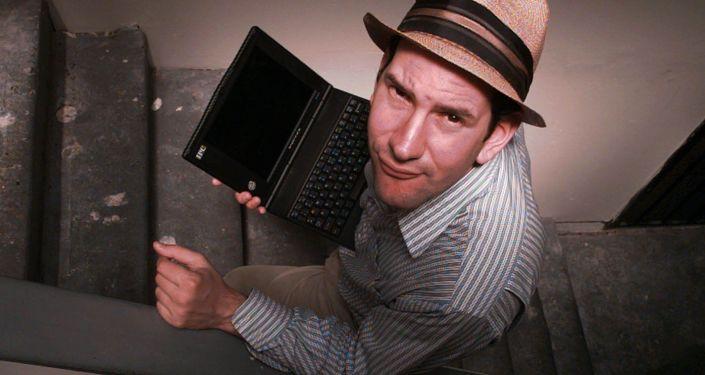 الصحفي الأمريكي مات درادج (Matt Drudge)