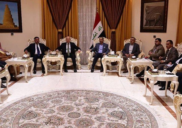 اجتماع للقادة والزعماء السياسيين في العراق