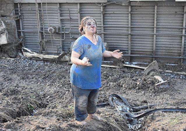 سيدة جريحة في حادثة خروج القطار عن القضبان في تركيا