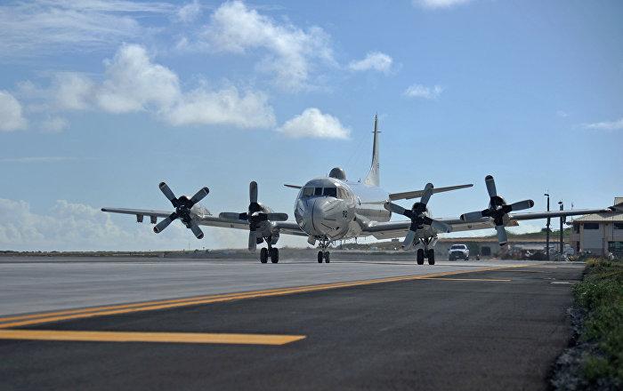 طائرة عسكرية أمريكية تنقل 29