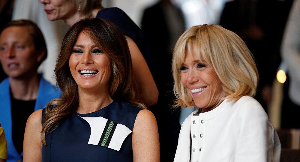 ميلانيا ترامب زوجة الرئيس الأمريكي مع بريجيت ماكرون زوجة الرئيس الفرنسي في حفل موسيقي أقيم ببلجيكا، 11 يوليو/تموز 2018