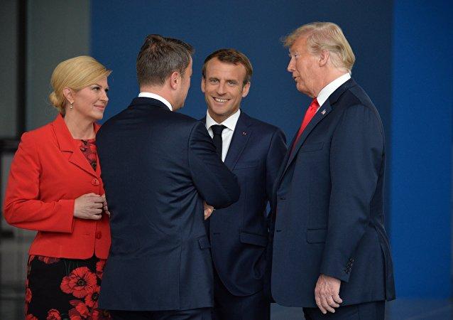 رئيسة كرواتيا في اجتماع للناتو
