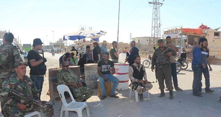 الحضور الروسي في النعيمة، درعا، سوريا - التقاء سبوتنيك مع المسلحين الذين تمت تسوية وضعهم مع الدولة السورية