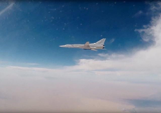 قاذفة القنابل تو-22إم3