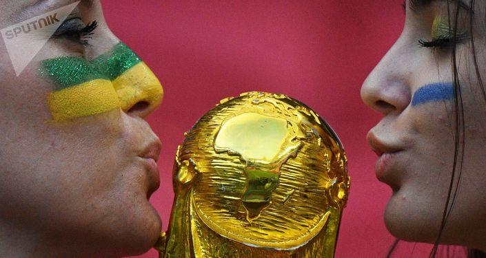 مشجعات المنتخب البرازيلي في كأس العالم 2018