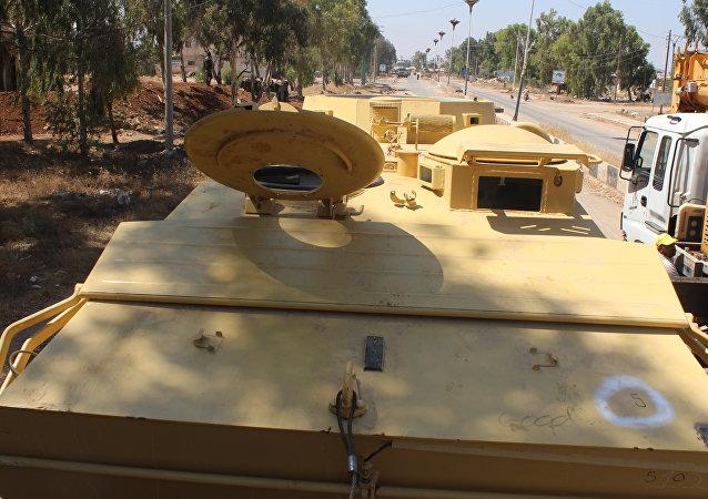 عربات بي تي إر بريطانية تسلمها الجيش السوري من إرهابيي النصرة قبل ترحيلهم إلى إدلب
