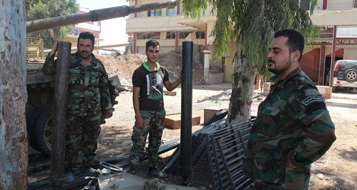 مدافع هاون ومنصات إطلاق صواريخ سلمها إرهابيو النصرة للجيش السوري في درعا