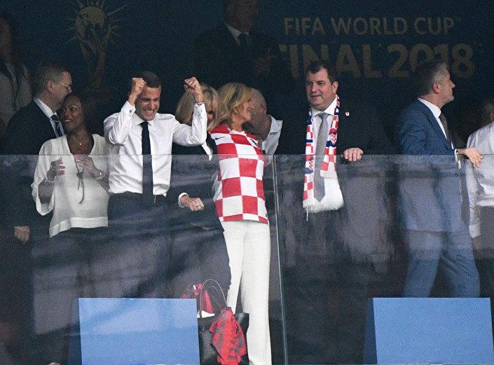 رئيسة كرواتيا بعدف فوز منتخب فرنسا