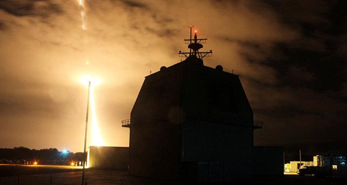 منظومة صواريخ إيجيس الأمريكية