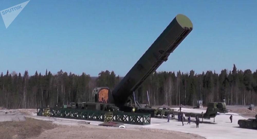 إطلاق صواريخ باليستية سارمات، وزارة الدفاع، روسيا