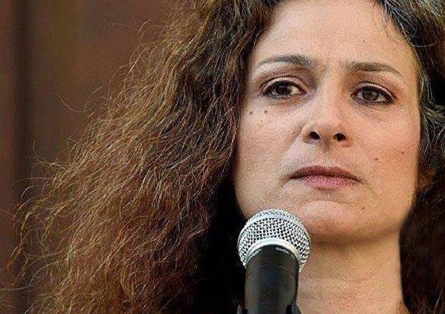 الفنانة السورية مي سكاف