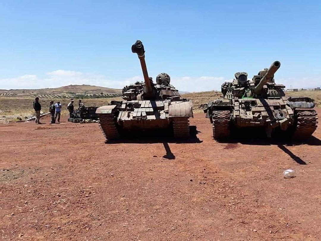 مدرعات سلمتها الفصائل المسلحة في الجنوب للجيش السوري