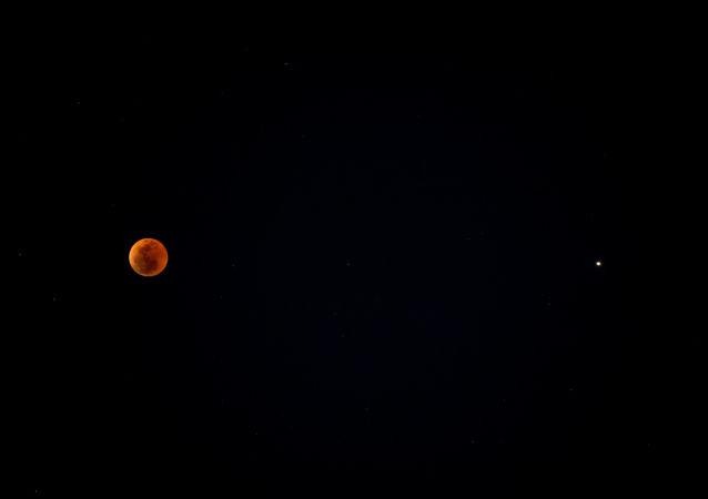 خسوف القمر في سوتشي، 27 يوليو/ تموز 2018