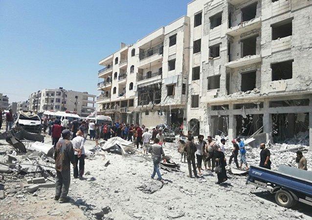 سيارة مفخخة تستهدف مبنى المحكمة العسكرية لـجبهة النصرة في إدلب