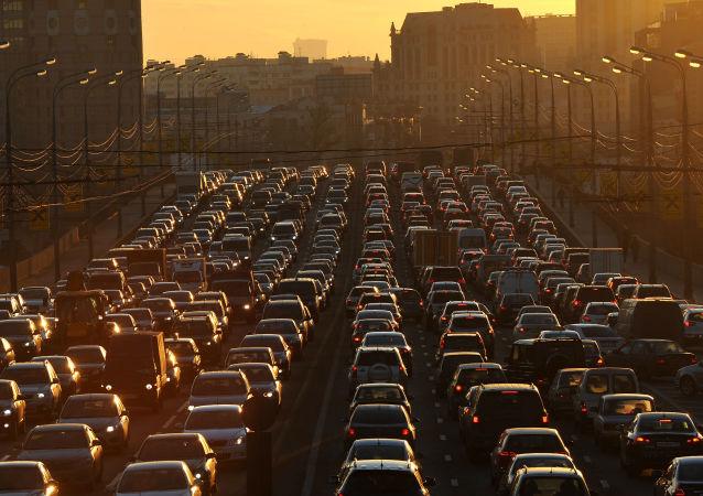 إزدحام السيارات في موسكو
