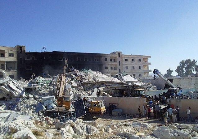 انفجار مستودع ذخيرة للإرهابيين في سرمدا بمدينة إدلب السورية