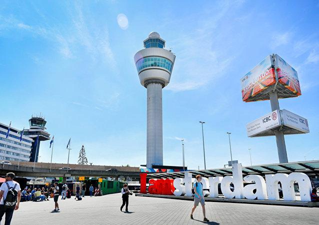 مطار شيبول الدولي (Schiphol International Airport) في أمستردام، هولندا 6 أغسطس/ آب 2018