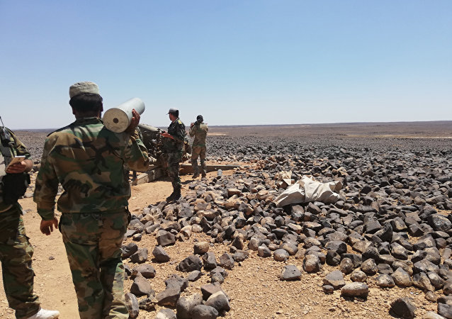 وحدات الجيش السوري تحكم قبضتها على آخر جيوب داعش ببادية السويداء