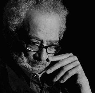 الفنان التشكيلي المصري ناجي شاكر