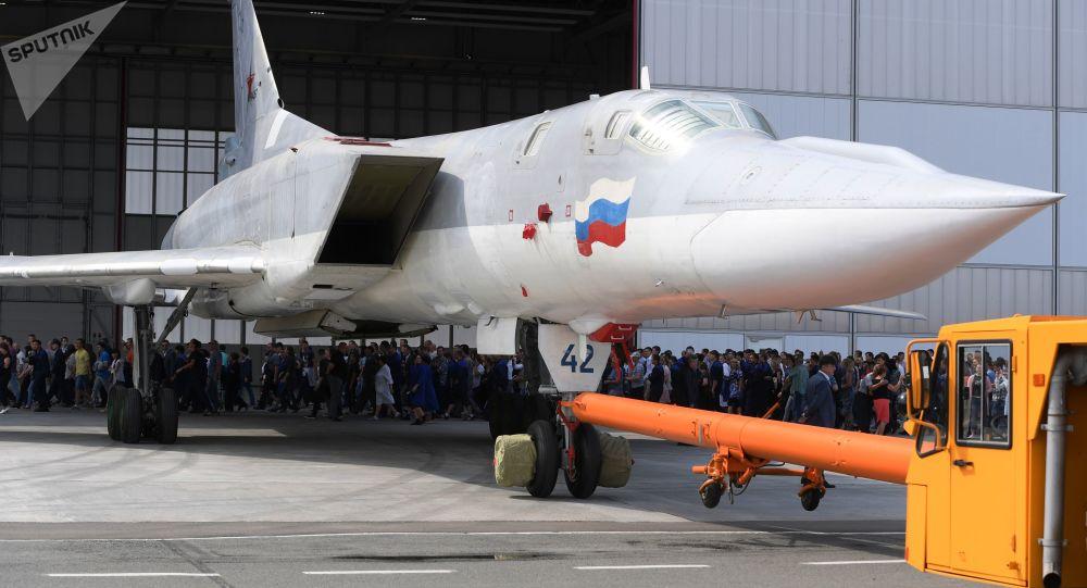 قاذفة الصواريخ والقنابل تو-22إم3إم