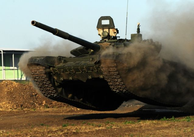 منتدى آرميا - 2018  (الجيش - 2018) في روستوف - دبابات تي-72 بي 3