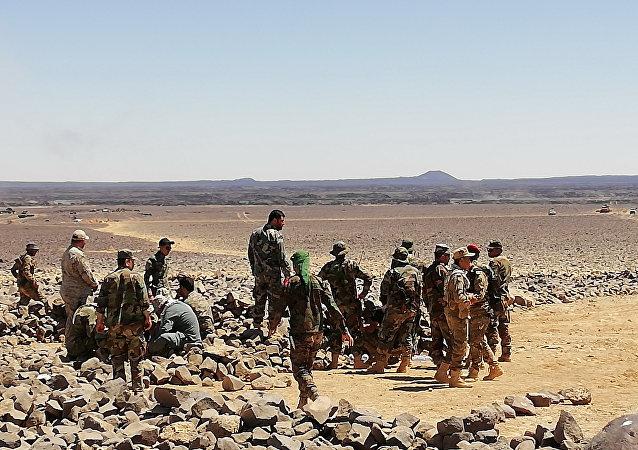 خبير عسكري: واشنطن تمتطي صهوة النصرة بعد اندثار داعش وإطباق الحصار على التنف