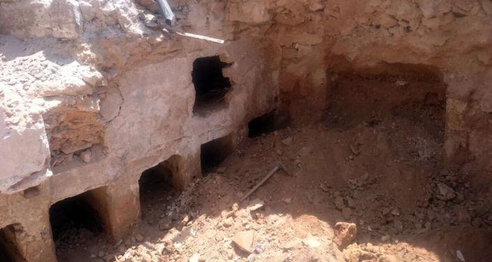 قبر من العصر البطلمي المتأخر بالقرب من الإسكندرية