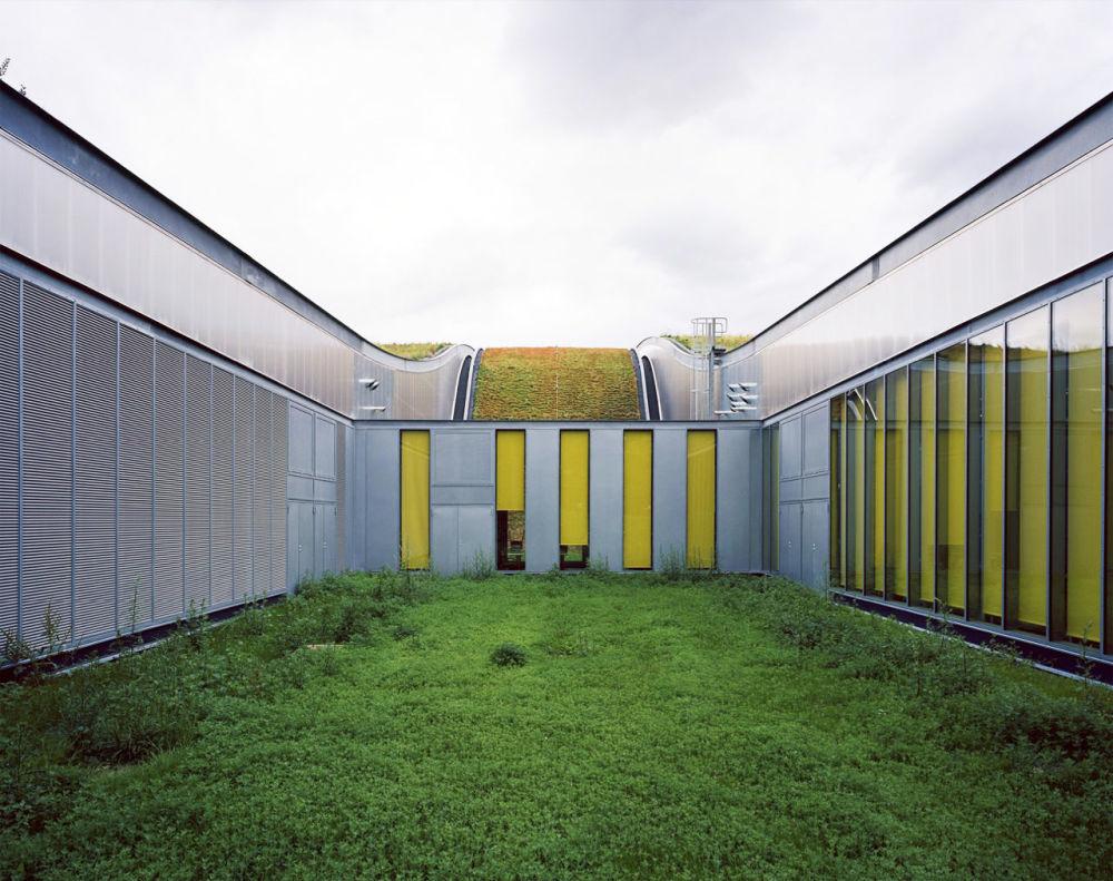 مدرسة باسم مارسيل سامبا في مدينة سيتوفيل لورين، فرنسا