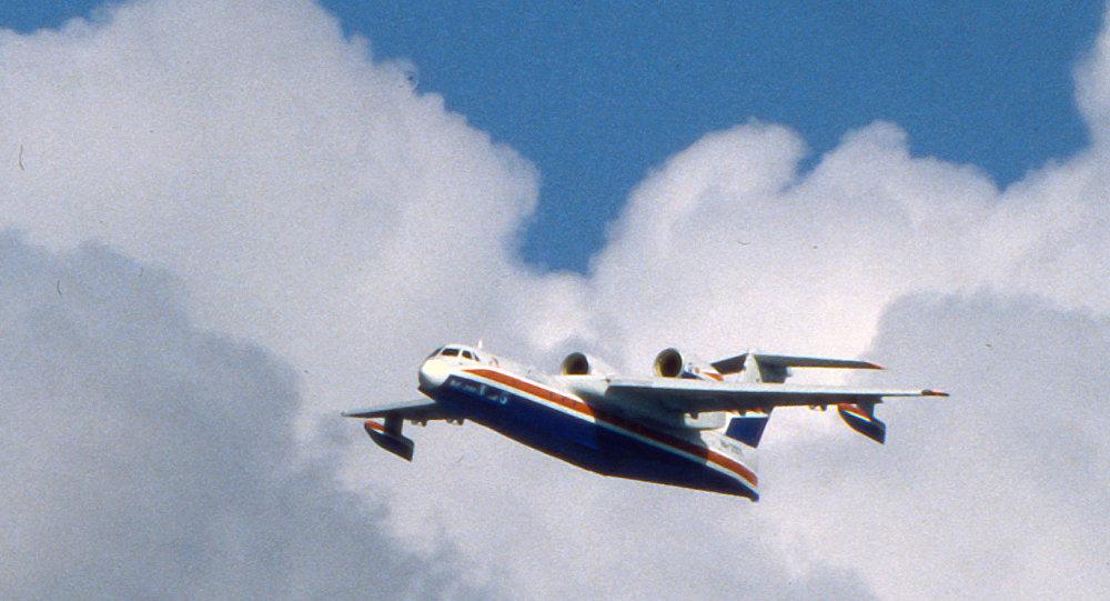 طائرة برمائية أ-40